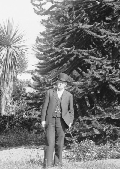 Dr John Stubbs Wait, Collection of Waitaki District Archive 2286