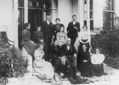 George Sumpter and family, Collection of Waitaki District Archive 5210