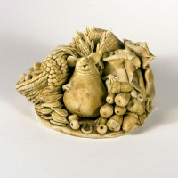 Image: Jenny Miller, It's been a good year 1980, Ceramic. Collection of the Forrester Gallery.